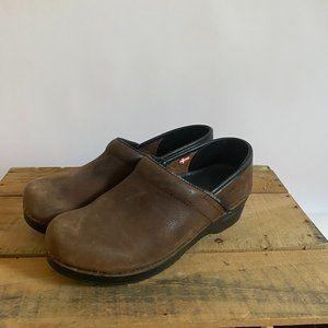 Sanita Brown Leather Clogs Size 38